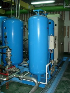 Skid mounted advanced oxidation plant
