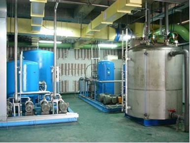 Advanced oxidation process installation